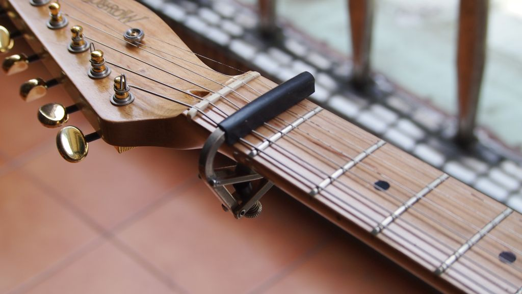 how to set up a fender telecaster style guitar diy strat and rh diystrat blogspot com fender strat setup guide pdf Fender Strat Headstock
