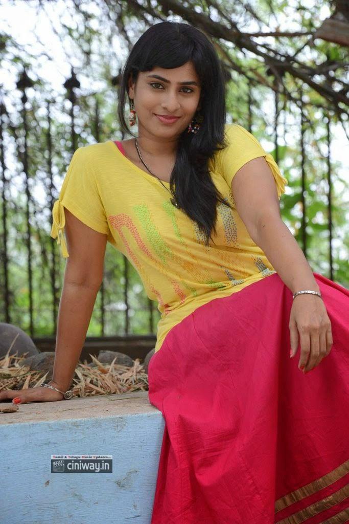 Actress-Aparna-Latest-Stills