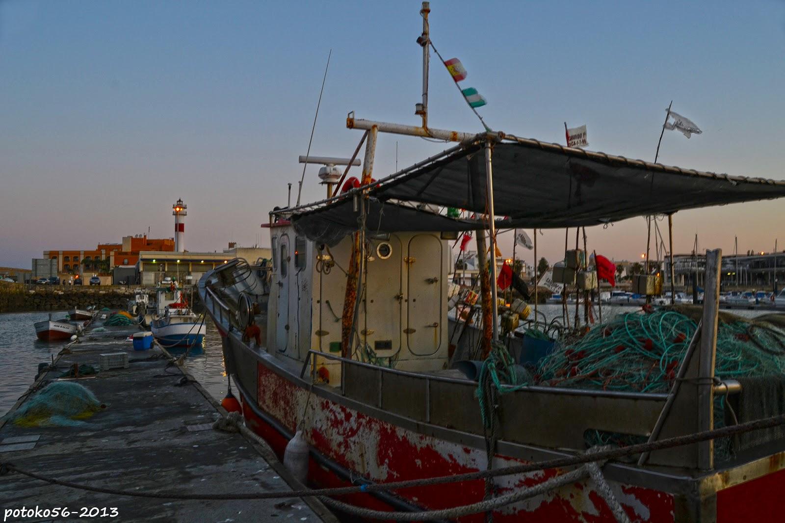 Rota marinera con sus barcos
