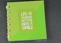http://www.smilingcolors.com/2015/11/handmade-holidays-2015-make-a-handmade-book/