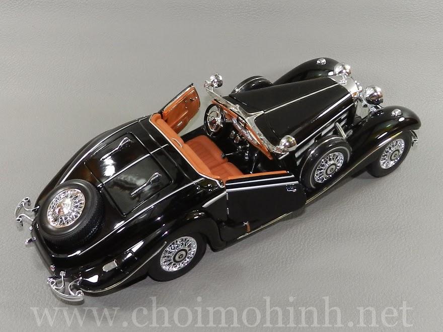 Mercedes-Benz 500 K TYP Specialroaster 1936 1:18 Maisto door