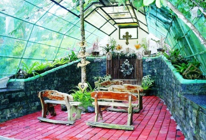 a small unassuming resort in tagaytay city near the taal volcano called banao creek in the philippines offers a surprisingly tranquil atmosphere that - Garden Chapel