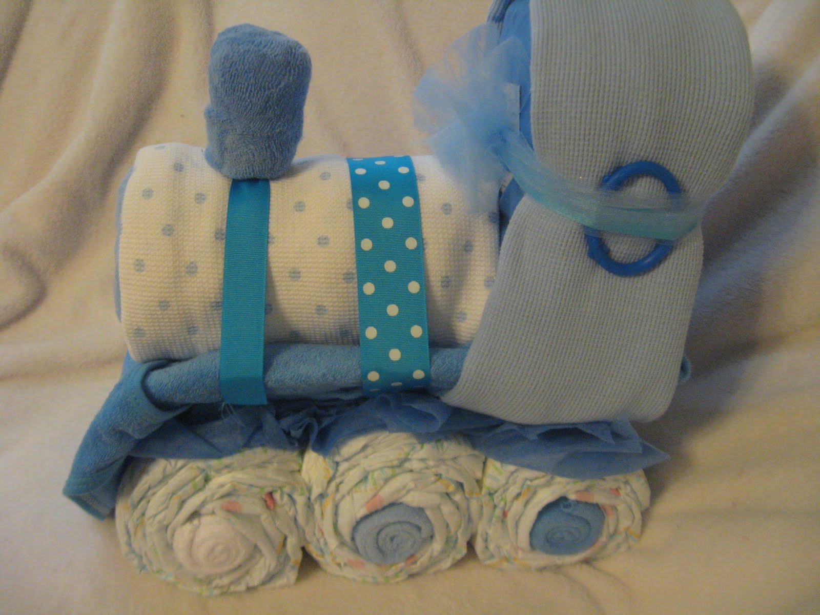how to make a diaper train