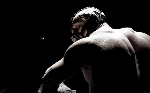 O Cavaleiro das Trevas Renasce Dark Knight Rises Tom Hardy