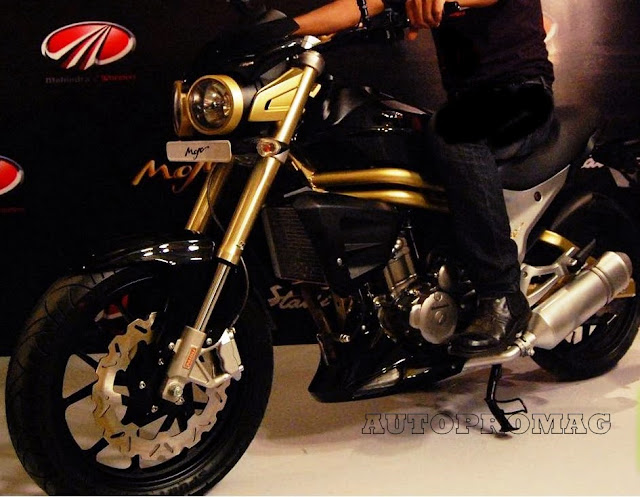 Mahindra mojo india riding position