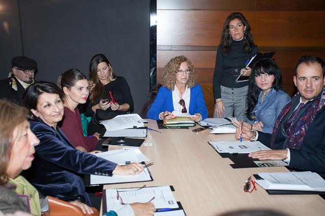 jurado_certamen_noveles_andalucia_de_moda_2012