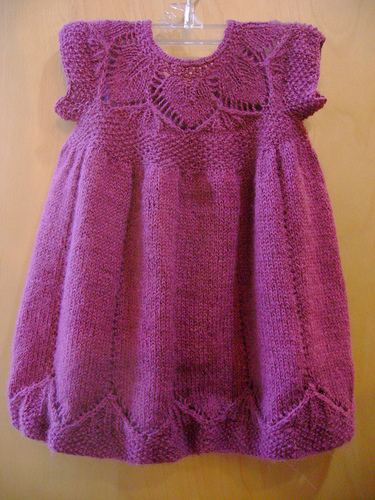 free knitting pattern: baby clothes 2012