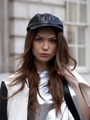 sombreros accesorios peinados