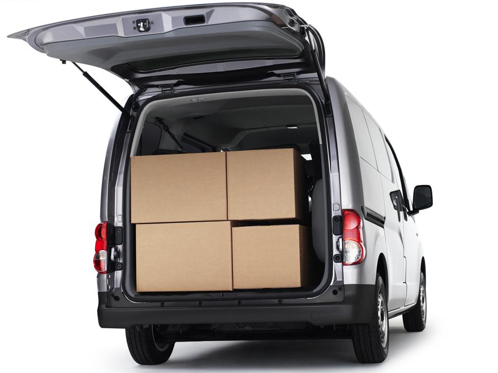 2010 Nissan NV200 cargo area