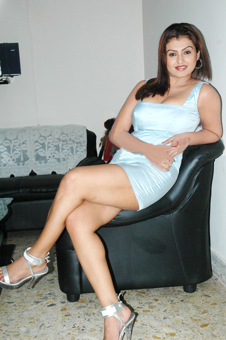 sona from side latest photos