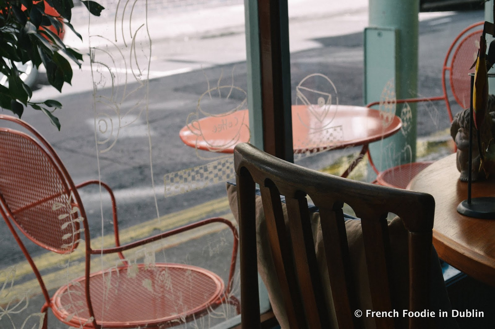 Caf crush love is art french foodie in dublin food blog i was by myself on my first visit but all the little ornaments hanging from the ceiling and hanging on the walls kept me occupied while i drank what must be solutioingenieria Image collections