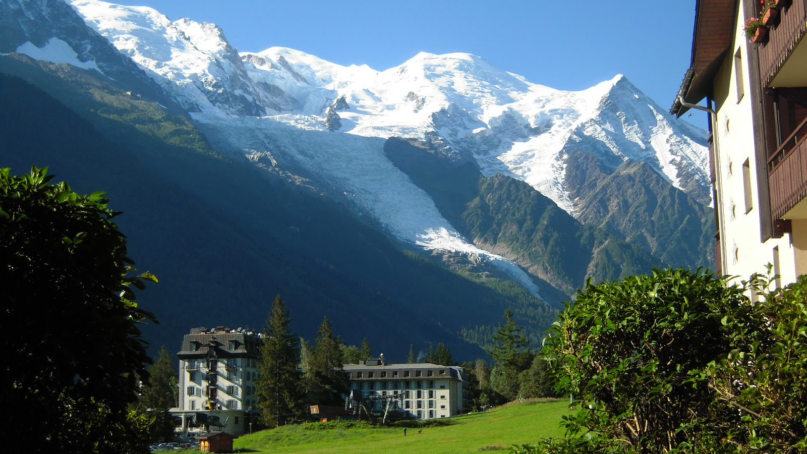 Chamonix mont blanc france tourist destinations for Hotels chamonix