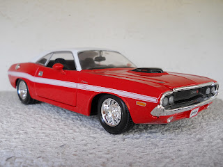 die cast dodge challenger