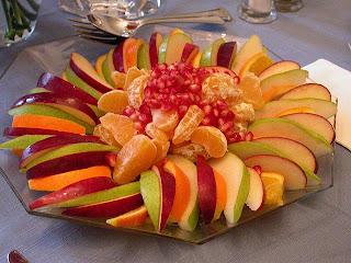 اضرار تناول الفاكهة في نهاية الوجبات