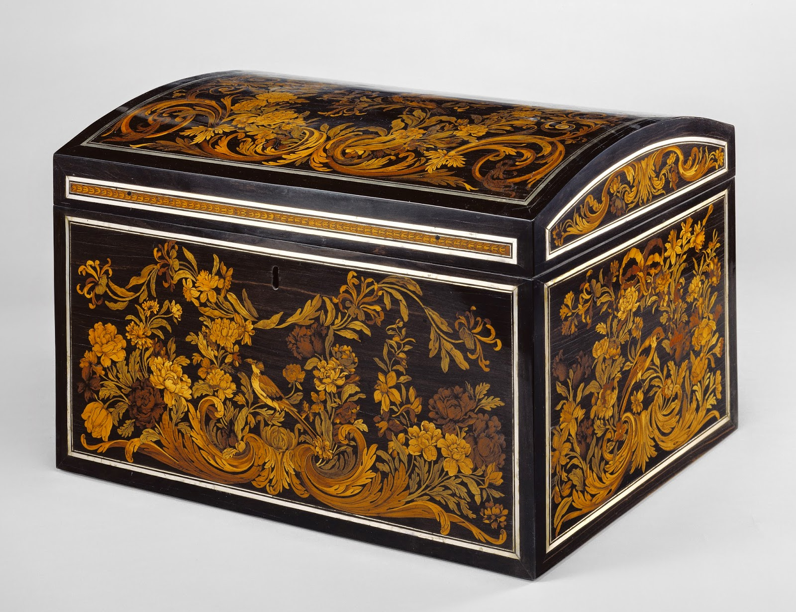Box, Attributed to André-Charles Boulle and perhaps Gobelins Manufactory (French, founded 1662 - present), about 1675 - 1680, White oak veneered with amaranth, barberry, bloodwood, natural and stained boxwood, cedar, cherry, holly, green-stained hornbeam, mahogany, padouk, natural and stained maple, walnut, yew, and an unidentified wood; horn and pewter; fittings of steel