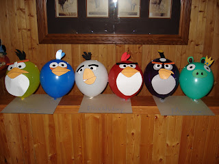 Karen 39 s ideas galore angry birds party ideas for Angry bird decoration ideas