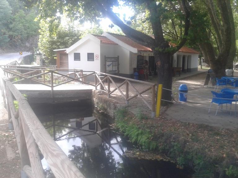 Café/rRestaurante da Praia Fluvial de Sandomil