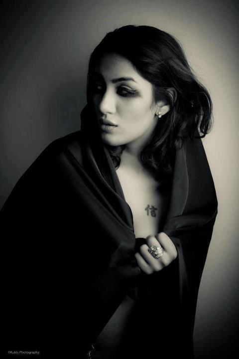Pakistani TV Actress Mathira Topless Photoshoot - Hot Blog