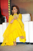 Sonakshi sinha at Lingaa event-thumbnail-8