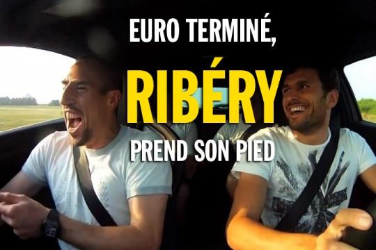 Ribéry prend son pied en voiture