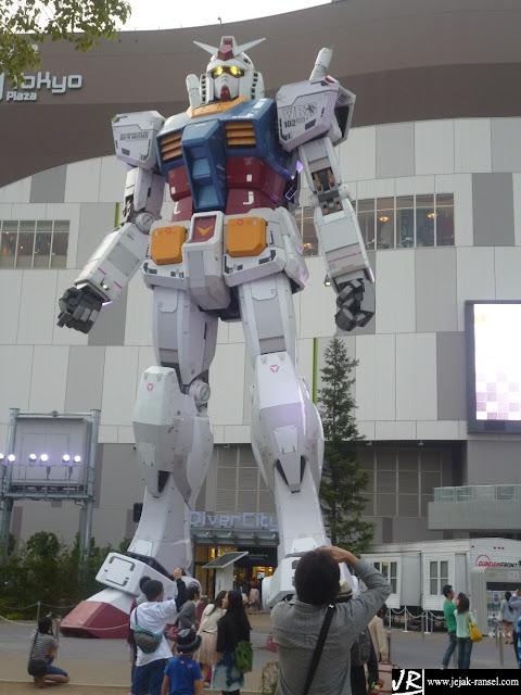 """""""Big Gundam, Diver City, Odaiba, Tokyo"""""""