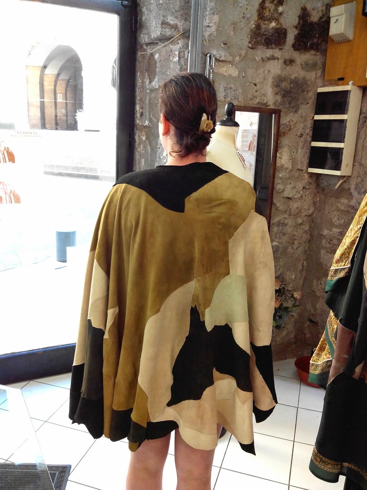 cape, cuir, Ludmila, création, mode, Agde