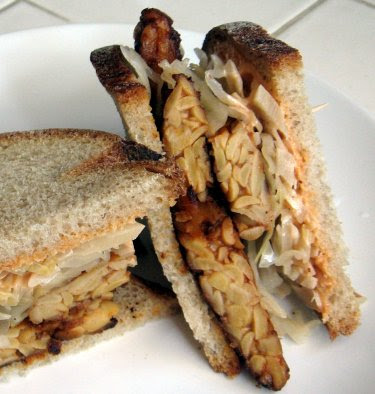 tempeh reuben with russian dressing and homemade sauerkraut