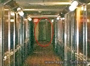 Penampakan Hantu di Hotel Kapal Mewah - [www.kupas-tuntas.com]