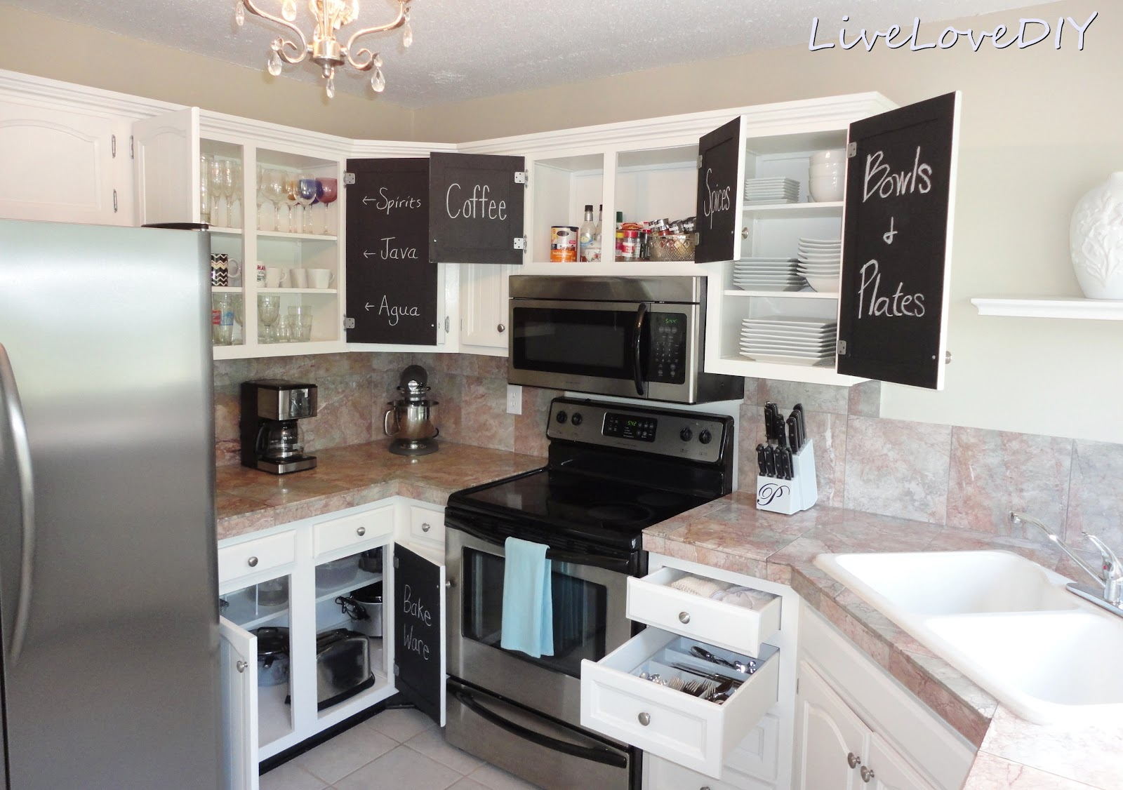 Livelovediy the chalkboard paint kitchen cabinet makeover for Chalkboard paint kitchen cabinets