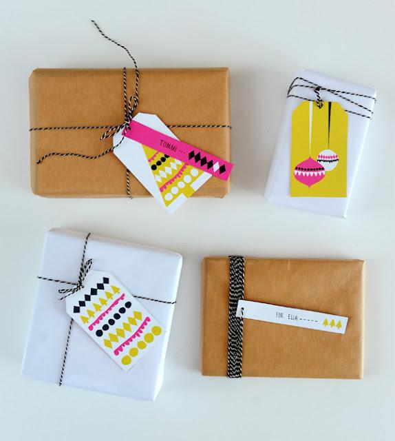 Christmas modern gift tags freebie