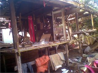 Isu Dukun Santet, Dua Rumah Dihancurkan
