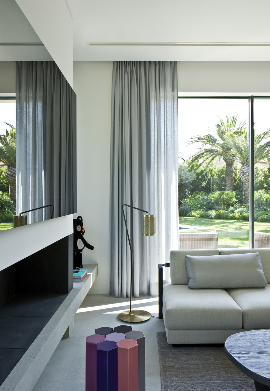 Ministry of deco separar espacios con suma elegancia y m s for Cortinas salon gris