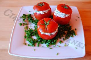 Pomidory nadziewane serem białym