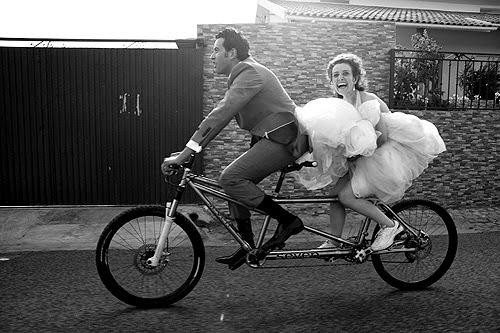 Novios en tandem - Ciclismo urbano