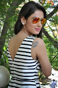 sonal chauhan latest glam pics-thumbnail-8