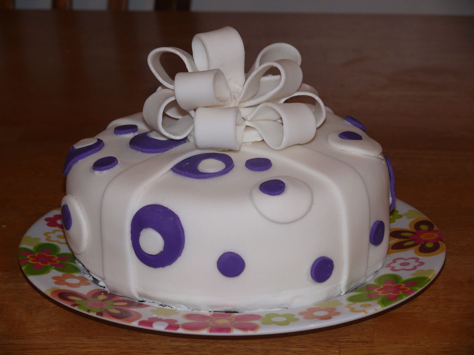 Cake Decorating : Busy Mama: GET OUT: WILTON CAKE DECORATING COURSE 3