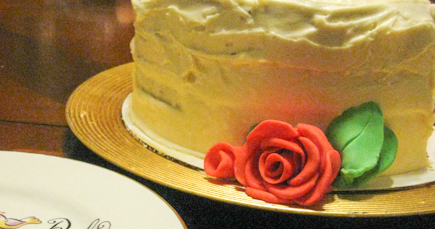 What Type Of Frosting Goes Best With Red Vwlvet Cake
