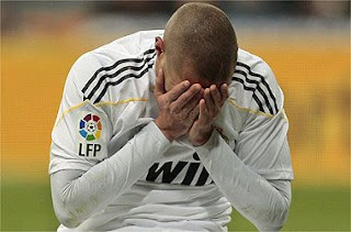 Karim Benzema sufrió una rotura fibrilar
