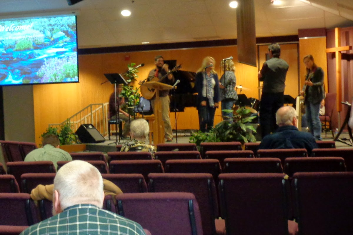 worship team practice before service begins