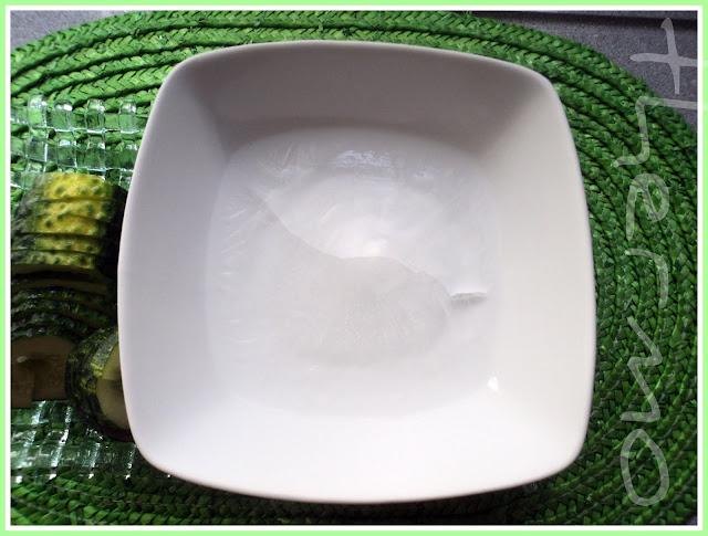 Cuenco de cristal de pepino