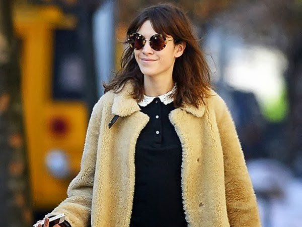 Alexa Chung Is in Fashion with Her Rimless Eyeglasses