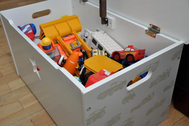 Cars opbevaringskasse fra Nuar