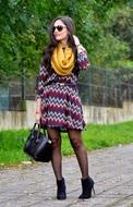 http://www.petitsweetcouture.com/2013/11/zig-zag-dress.html