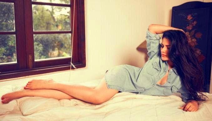 Kanishka Singh Latest Extremly Hot Photoshoot Pics