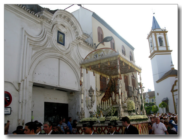 Fachada de la Antigua Mina Chica.
