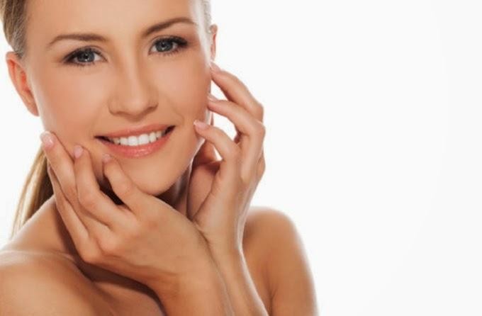 ماسكات طبيعية لتضييق مسام بشرتك وجعلها نقية وملساء