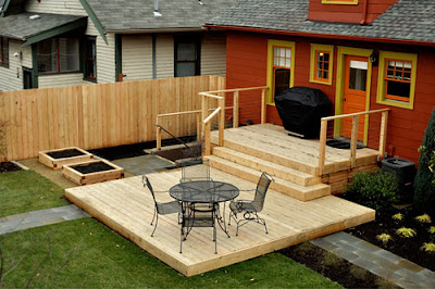 custom-outdoor-wood-deck