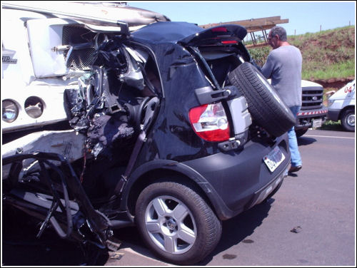 Smart Car Accident Photos Part 2 Two Crash Latest In Usa
