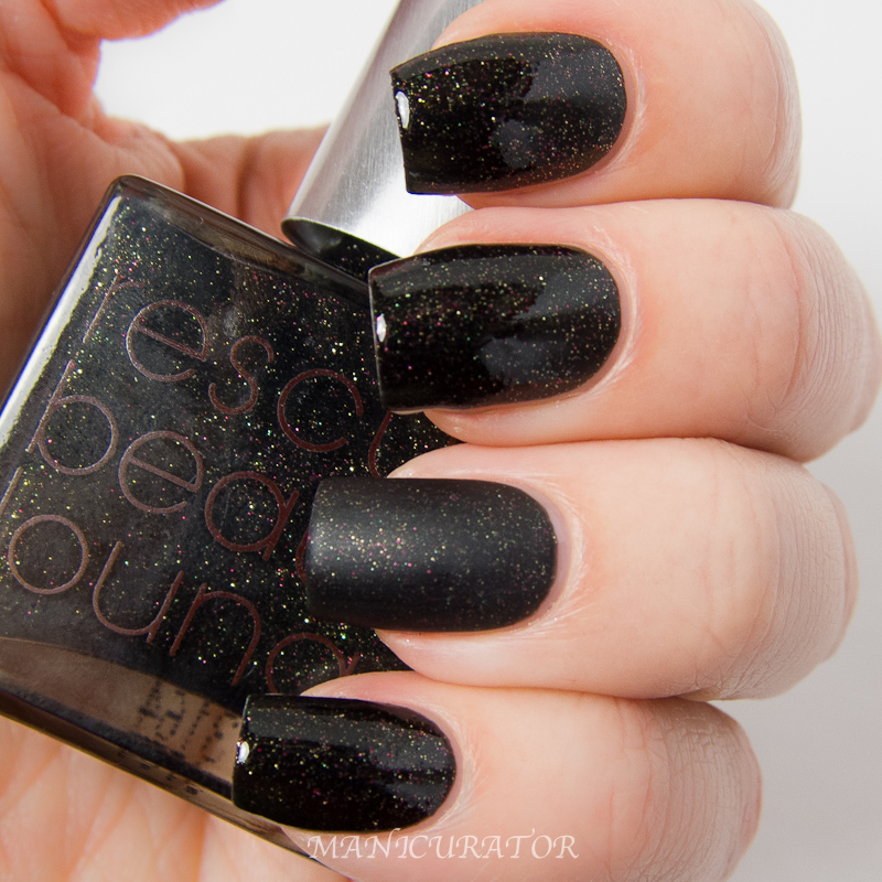 Rescue_Beauty_Lounge_Blogger_2.0_Fashion_Polish