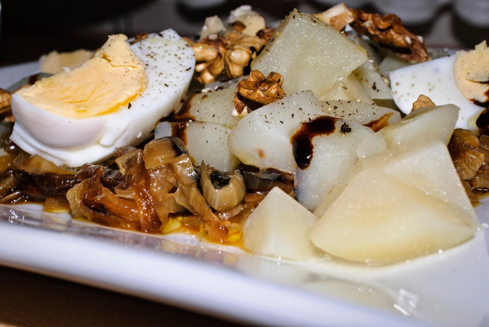 ensalada de patata; potato salad
